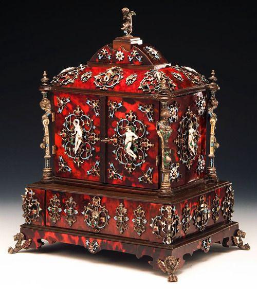 Tortoiseshell jewelry cabinet with enameled silver mounts - Vienna, circa 1870.