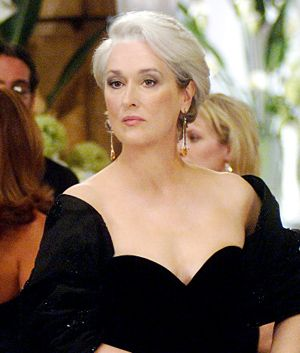 Her hair never looked better in a movie.  Meryl Streep. Grey hair and a black dress. Lovely. #grey #hair