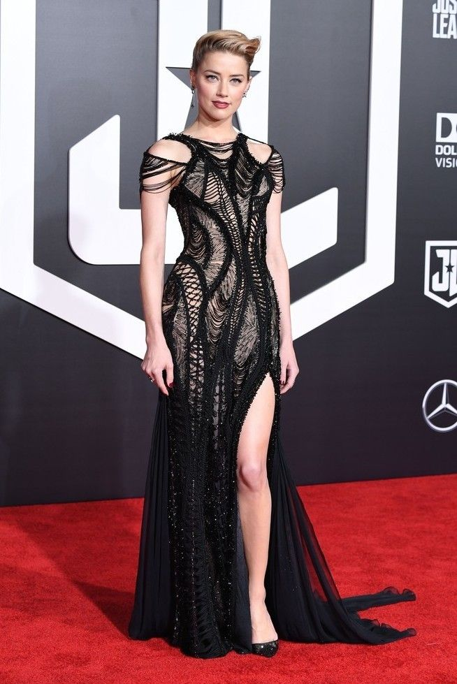 Amber Heard wearing Atelier Versace at the world premiere of Justice League in Hollywood on November 13, 2017
