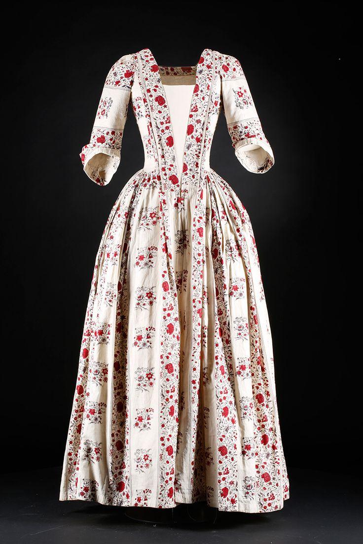 Indian print day dress, c.1740-60
