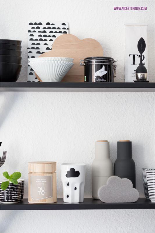 Unsere Küche in Schwarz und Weiß