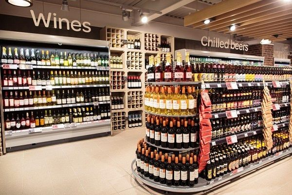 SPAR and Roadchef open second motorway convenience store - Retail Design World