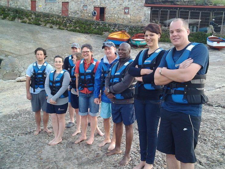 A group from local business's were invited by Herman of Walkerbay Adventures to try their hand at sea kayaking.  the morning was lots of fun, and although it was just out of whale season there were lots of other interesting things to sea like birds and seals.