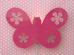 Ideal Wandleuchte Butterfly von Roommate in Pink Dekorative Kinder Nachtleuchte in Form eines Schmetterlings ideal f r das Kinderzimmer