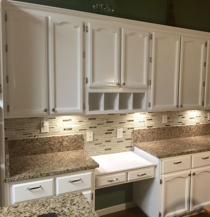 Chalk Paint Kitchen Cabinets Durability: Refinished Old Oak Cabinets With Fresh Coat Of Benjamin