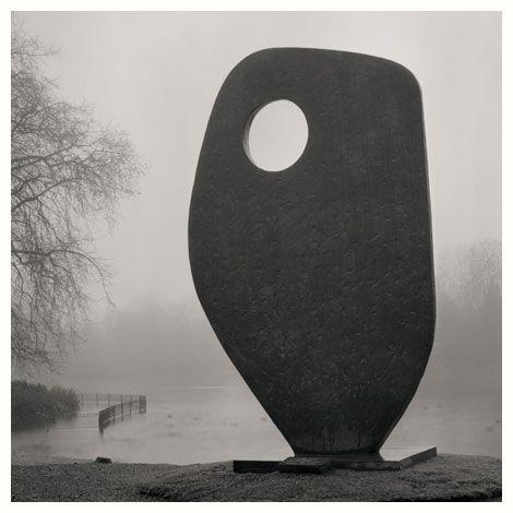 Single form. By Barbara Hepworth.Battersea park. 2008