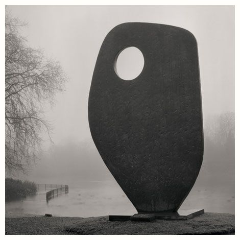 Single form. By Barbara Hepworth.Battersea park. 2008
