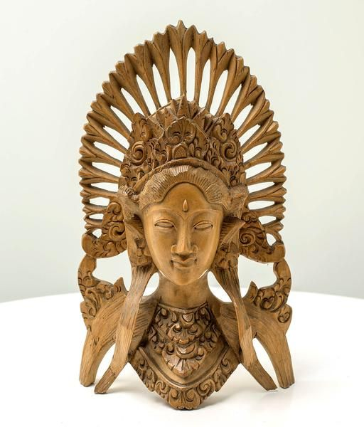 Graceful Janger - Handcrafted masterpiece wood sculpture from Bali. Spiritual decoration for unique places... Traditional Balinese dancer gives her energy and inspiration. #art #bali #balinese #handcrafted #decoration #decorativeart #dekor #elyapımı #woodart #zanaat