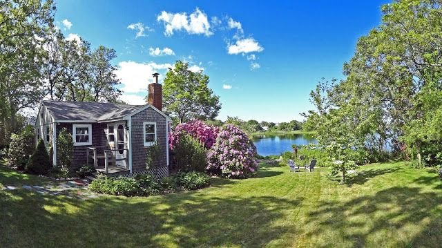 Joe's Retirement Blog: A New England Cottage in Spring, Bartlett Pond, Manomet, Plymouth, Massachusetts, USA