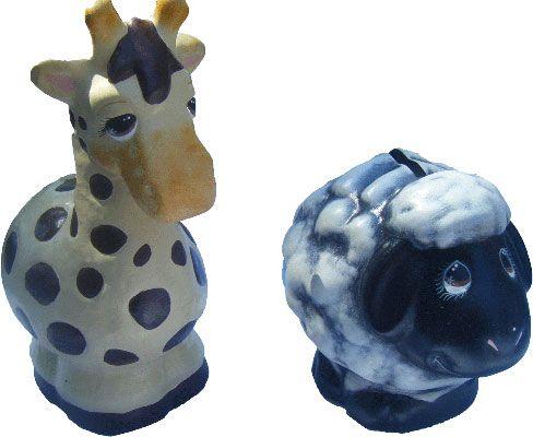 Alcancias de jirafa y borrego de cerámica pintada a mano. medidas: 20x15cm www.barenka.com