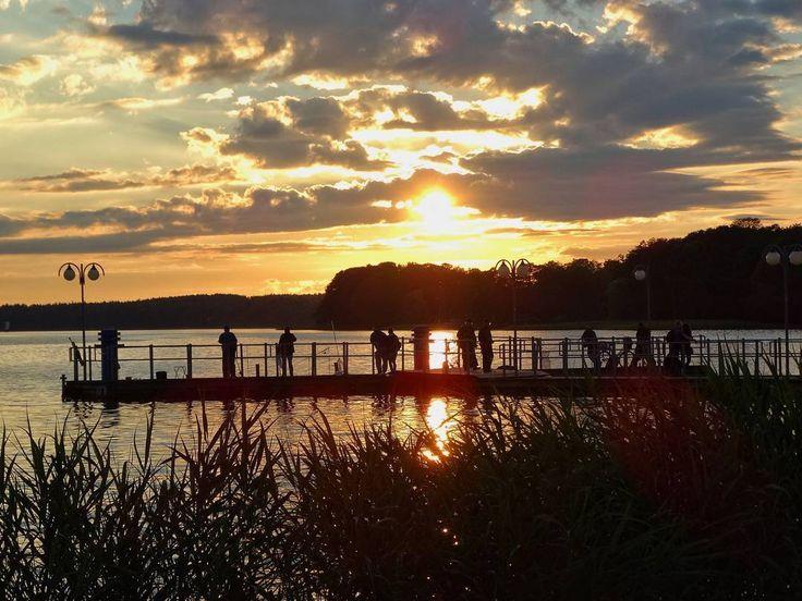 Takie wspomnienie lata w Szczecinku  Komu brakuje słońca?  fot. Patryk Witczuk #słońce #lato #natura #sztuka #Szczecinek