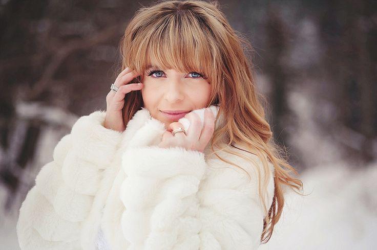Winter Wedding Fashion Pure White - An Edmonton winter bride