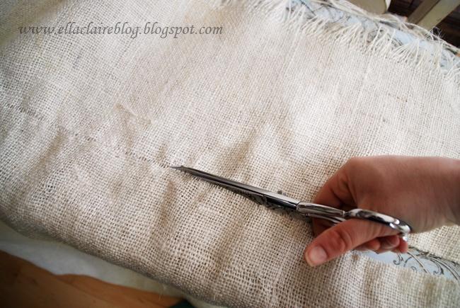 {Ella Claire}: Washing and Cutting BurlapWash Burlap, Clear Ella, Wash Cut, Sewing Sewing, Sewingno Sewing, Clever Crafts, Sewing Instructions, Cut Burlap, Crafts Ideasfurnitur