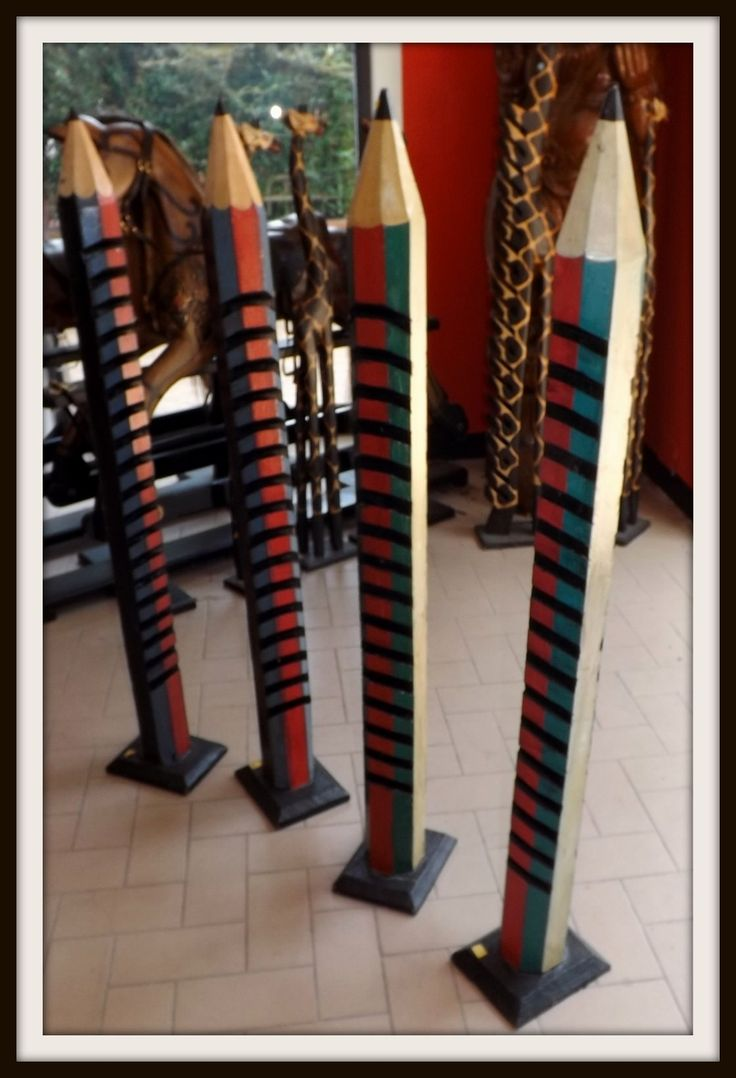 Oltre 1000 idee su decorazioni per matita su pinterest - Porta dvd in legno ...