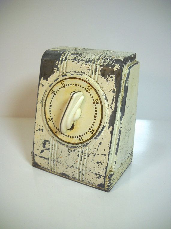 https://www.etsy.com/listing/166041477/vintage-lux-kitchen-timer-metal-mid