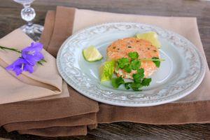 Котлетки из лосося с имбирем и кинзой