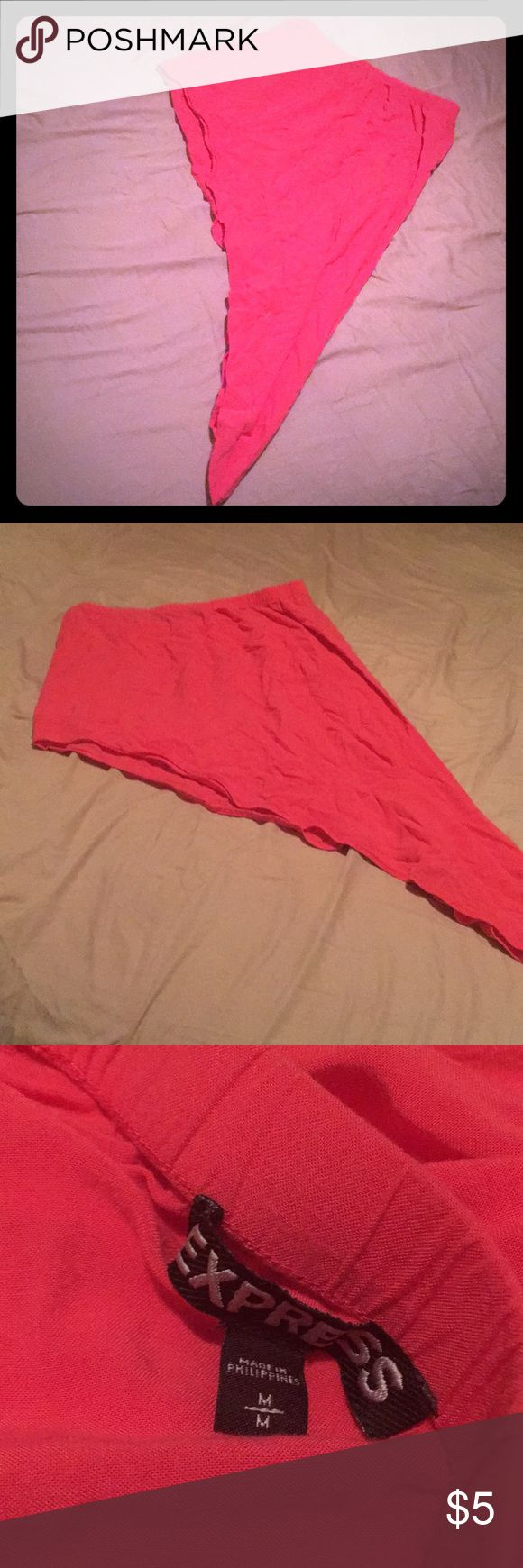 IN BUNDLE ONLY! EXPRESS High Low Skirt Express High Low Skirt , size M and Like New worn once. Coral color. Long on one side , short on the other Express Skirts