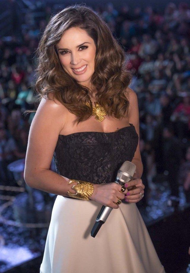 mejores looks jacqueline bracamontes la voz - Google Search