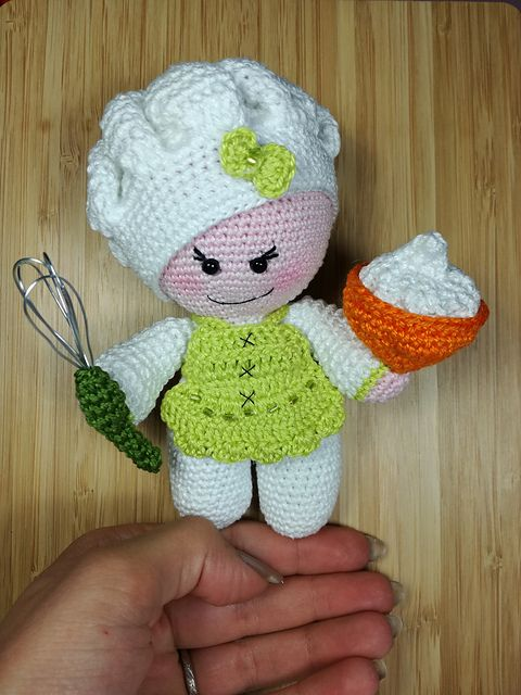 Crochet Baby Chef Hat Pattern Free : Top 25 ideas about Crochet Special Dolls on Pinterest ...