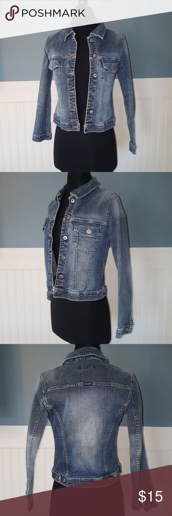Blue Jean Jacket Silver Jeans Blue Jean Jacket, Juniors size Small, does stretch  Dress form is a size 2, 34-25-32 Silver Jeans Jackets & Coats Jean Jackets
