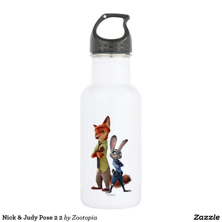 Nick & Judy Pose 2 2. Producto disponible en tienda Zazzle. Product available in Zazzle store. Regalos, Gifts. #bottle #botella