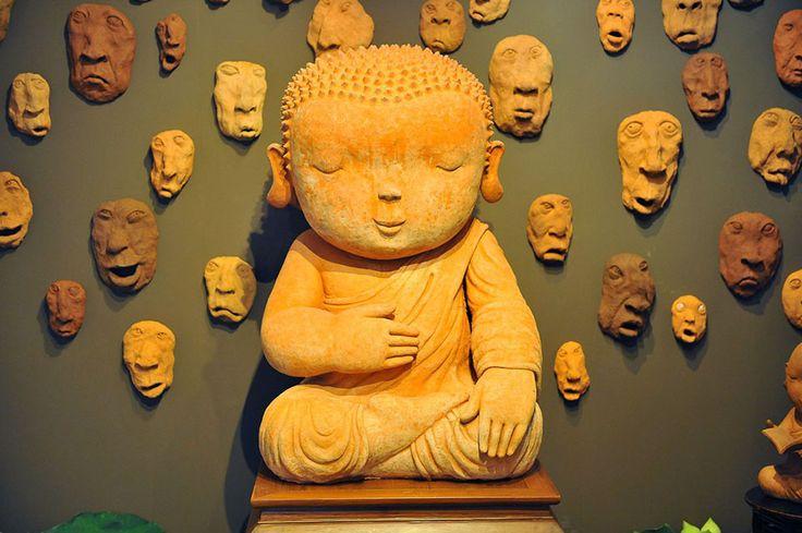 Naidee Changmohs Ceramics.