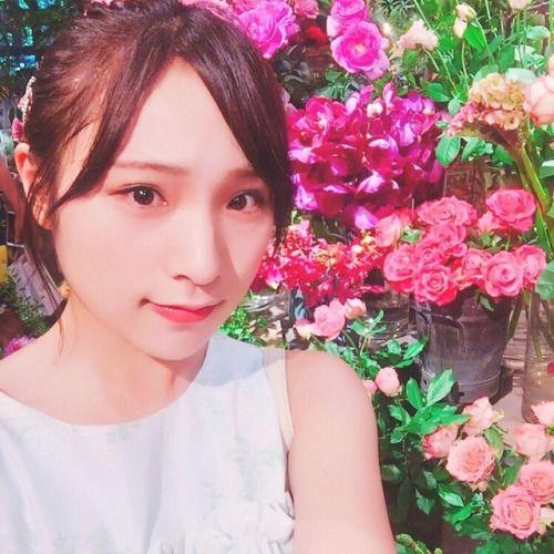 今日で19歳のお誕生日を迎えました たくさんのメッセージが届いてすごく嬉しいです  約3年半チーム8で活動して色々... #Team8 #AKB48 #Instagram #InstaUpdate