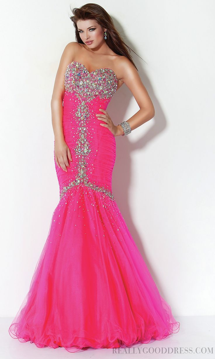 The 126 best Prom Dresses images on Pinterest | Party wear dresses ...