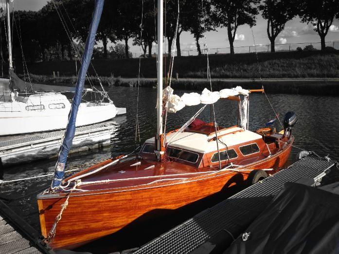 Mahagoni holzboot  15er Jollenkreuzer / P-Boot - Holz (Mahagoni auf Eiche) | Bayern ...