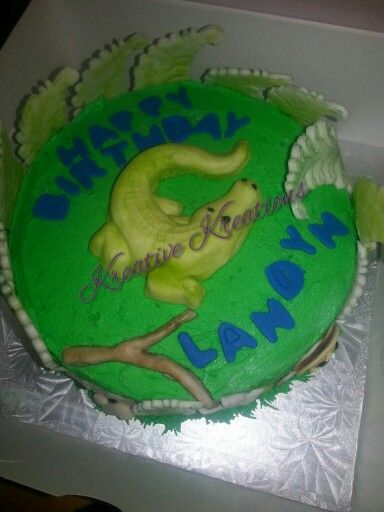 Animal lover boys birthday cake