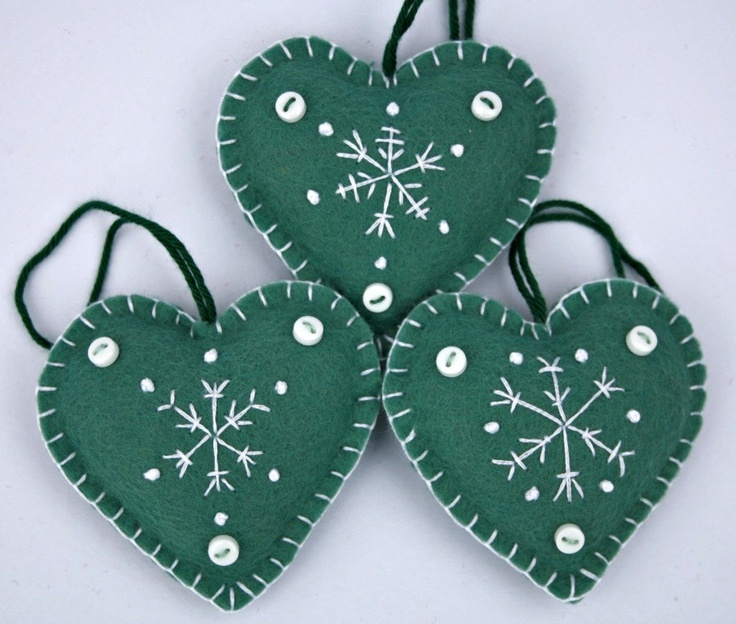Felt Christmas decorations - Snowflake Heart ornaments.