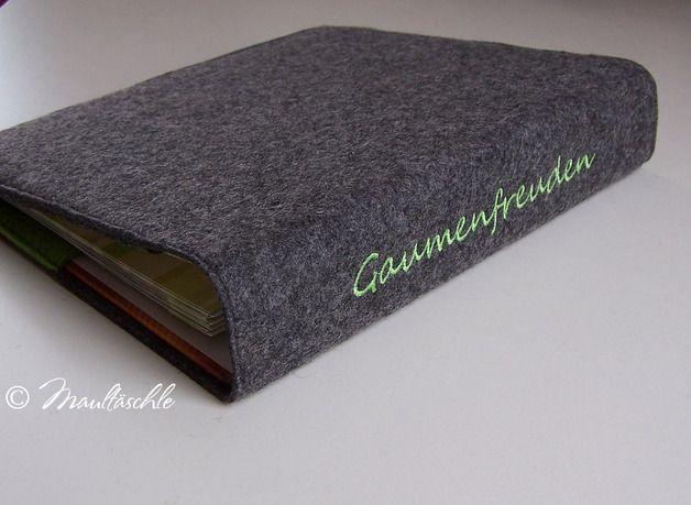 Ringbuch im bestickten Filz . inklusive Rezepte und Platz für eigene Kreationen