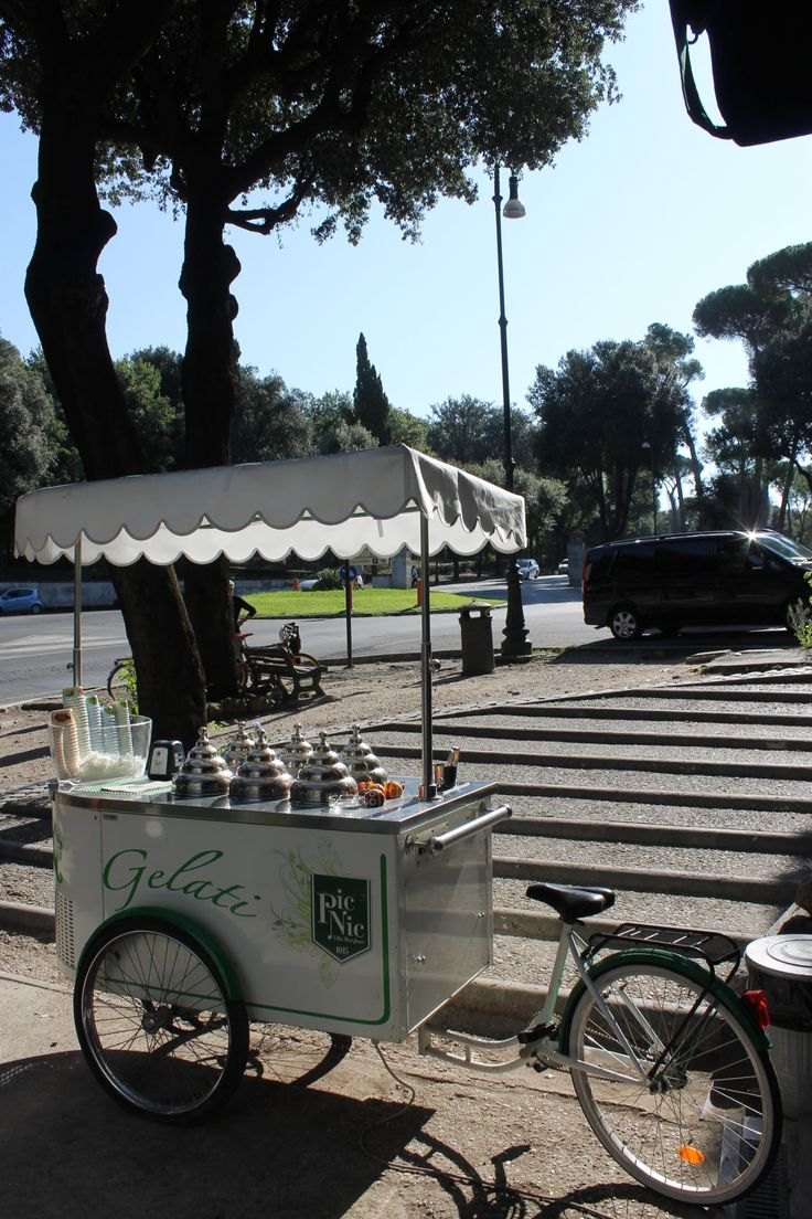 Roma - parco borghese - Gelati!