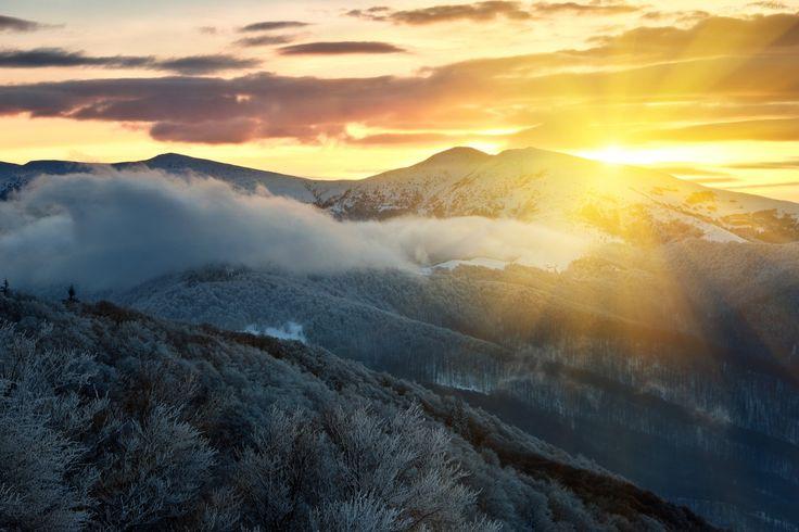 Góry, Wschód słońca, Niebo