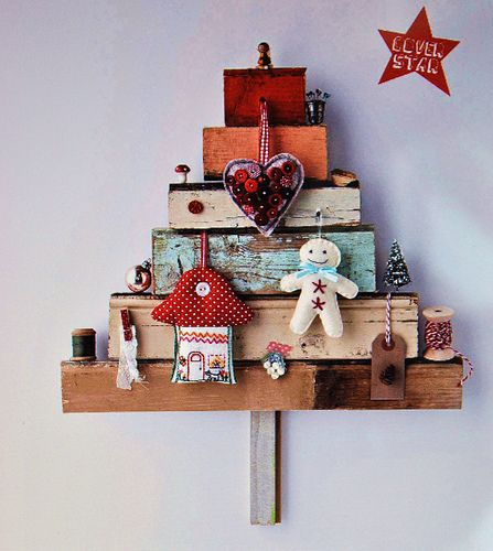 DIY x-mas tree diy cute for a little kids room