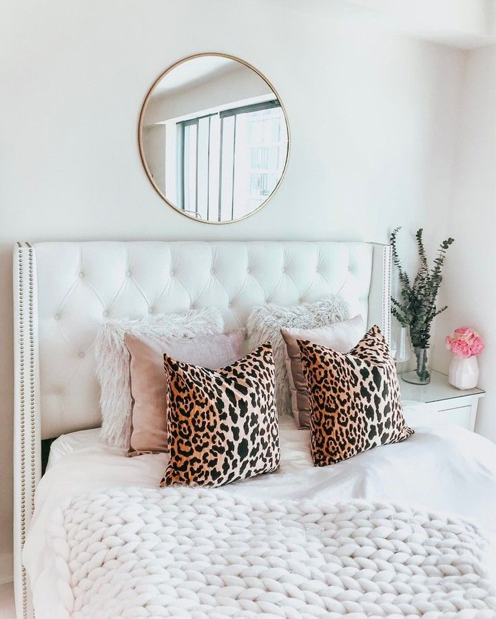 Punch Up Your Bedroom Details With A Pop Of Cheetah Care Of Jennytran Shop This Pic Instantly From Your Phone Room Inspiration Bedroom Dorm Room Decor Room