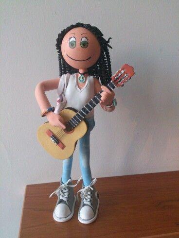 Mini fofucha guitarrista