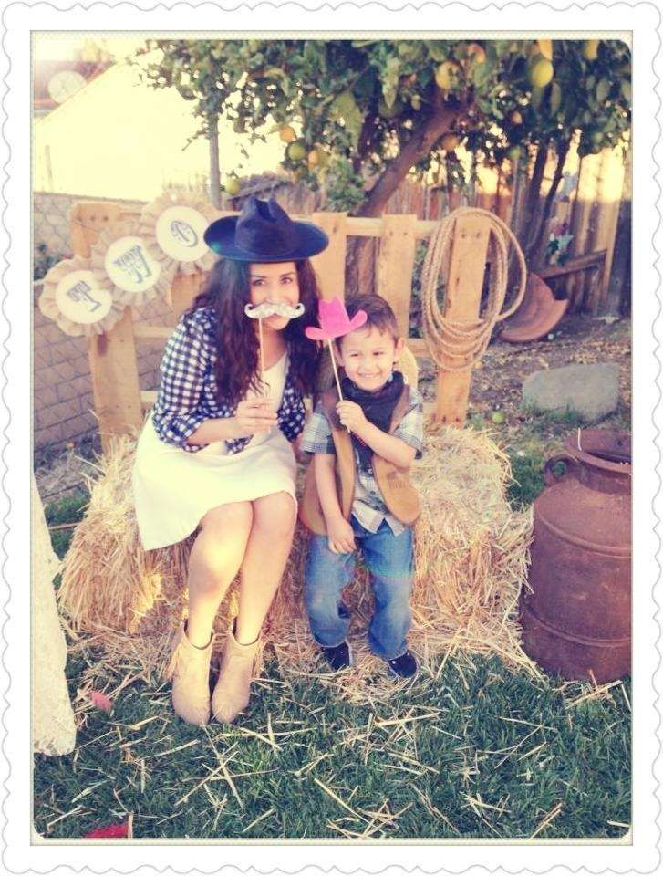 Sienna's Shabby Chic Cowgirl  Birthday | CatchMyParty.com