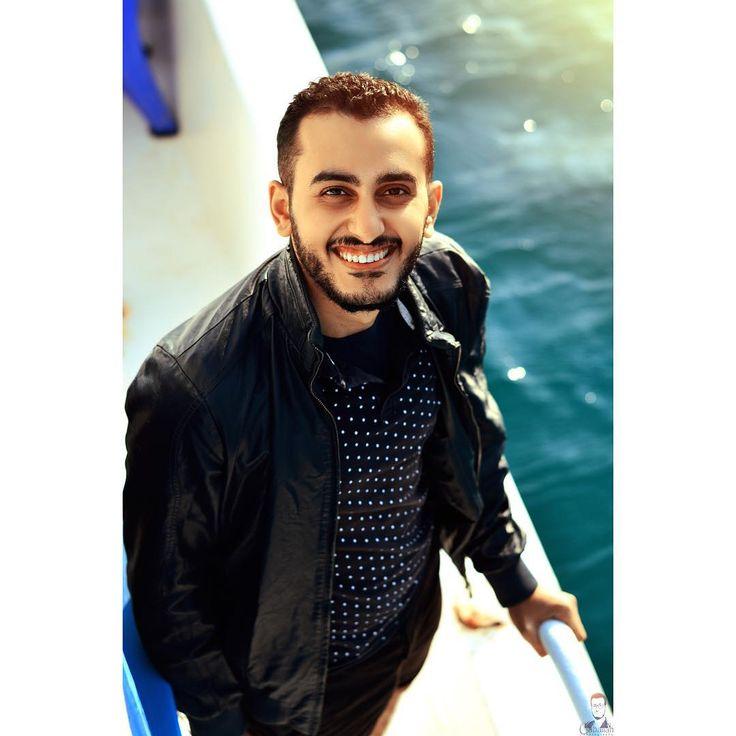 #a #doctor #mood #nikon #nikonphotography #picoftheday #photographer #photography #portraitphotographer #photooftheday #portraitoftheday #portrait #green  #fun #background #trees #sun #sunflare #lensflare  #smiles #hope #curlyhair  #blue #haircolor #nikond7100 #50mm #sea #boat