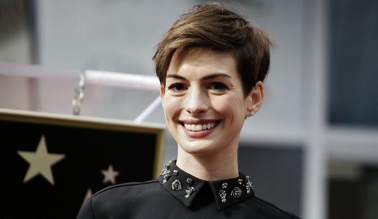 http://cdn-parismatch.ladmedia.fr/var/news/storage/images/paris-match/people/cinema/anne-hathaway-la-plus-belle-annee-de-sa-vie-160949/1680532-1-fre-FR/Anne-Hathaway.-La-plus-belle-annee-de-sa-vie.jpg
