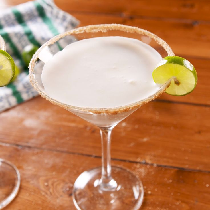 Key Lime Pie Martini [Video]