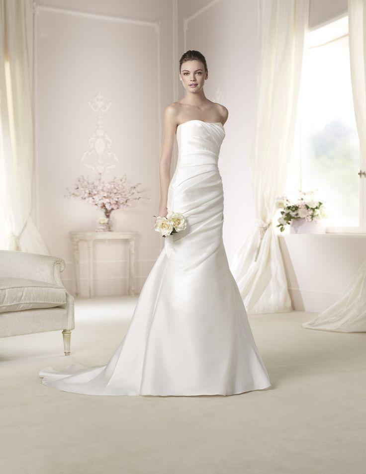 28 best Brudekjoler images on Pinterest | Short wedding gowns ...