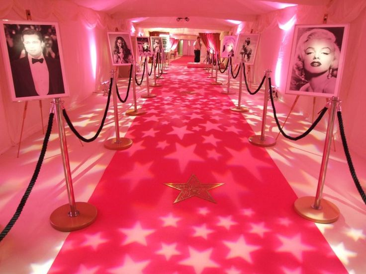 Hollywood Pink carpet decor