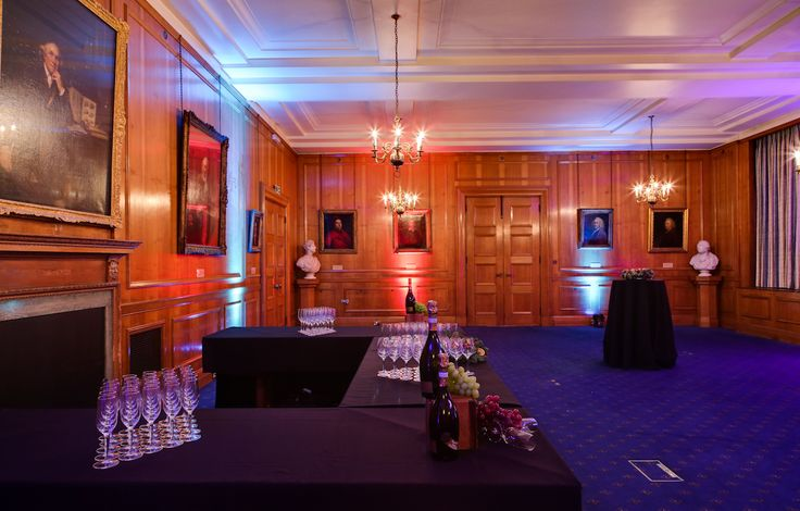 Council Room drinks reception - simple elegance