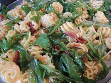 Rucola - Nudel - Salat