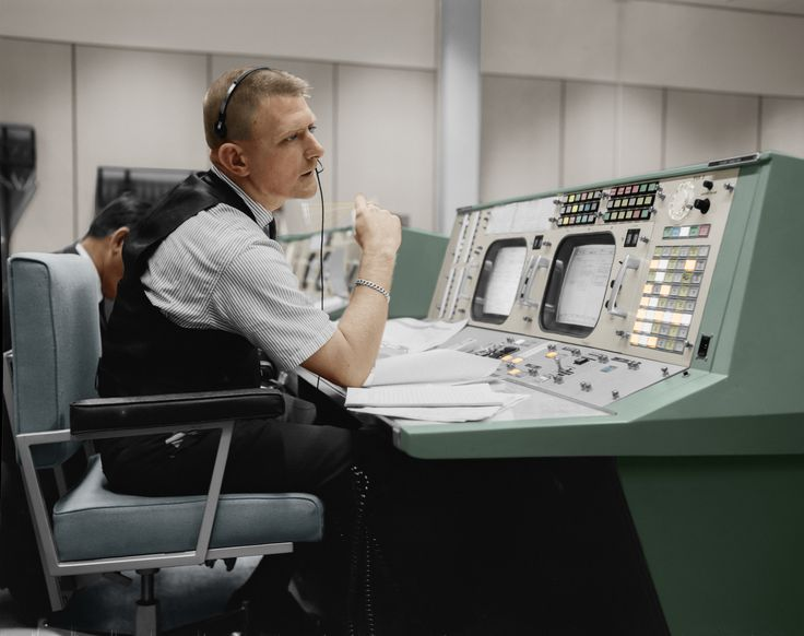 nasa apollo flight directors - photo #2