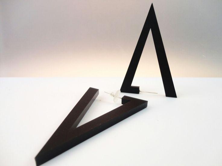 Geometric Triangles earrings , black satin plexiglass #plexiglassjewelry #earrings #perspex #perspexjewelry #plexiglas #plexishock #acrylicjewelry #handmadejewelry #black #satin #minimalistjewelry #handmade