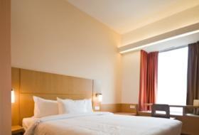 Bedroom Arrangement Using Feng Shui