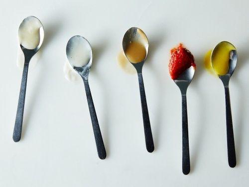 In secolul al XIX-lea Marie-Antoine Carême, un important chef de origine franceza, a definit cele mai importante 4 sosuri de baza ale