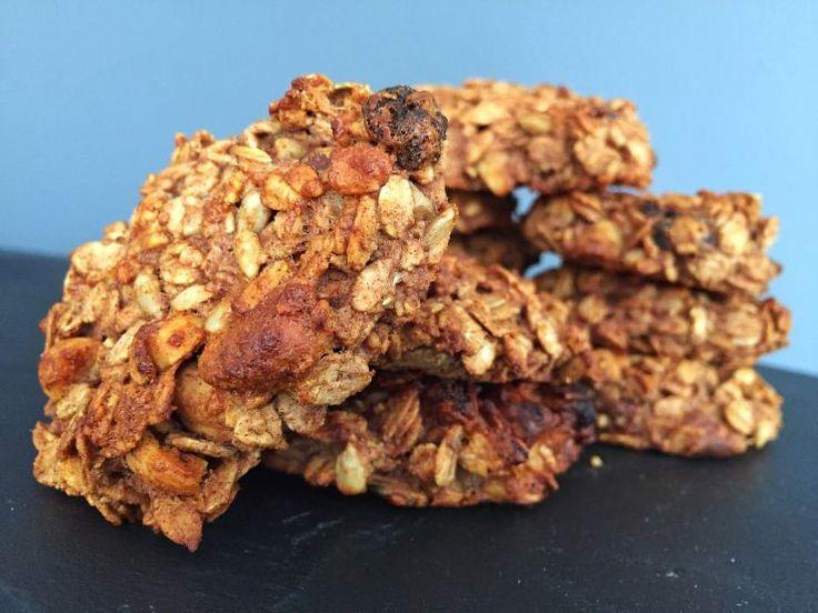 Pindakaas & Banaan havermout koekjes  Zachte gezonde havermout koekjes met banaan, pindakaas & honing